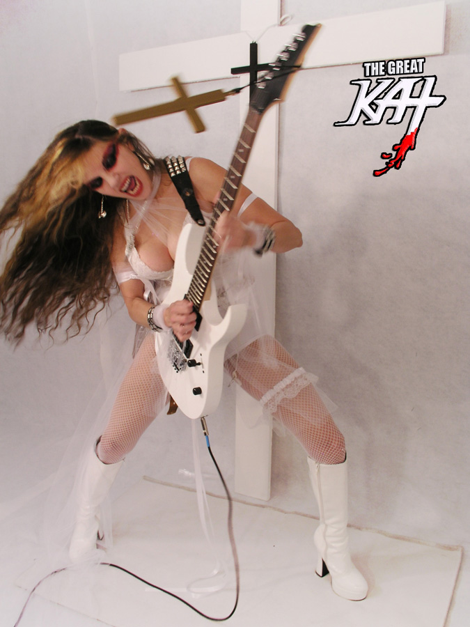 "THE GREAT KAT GUITAR GODDESS WINS GUITAR PLAYER MAGAZINE'S ""WHO PLAYS THE FASTEST"" Reader Poll with 27%!! (11/25/14)"