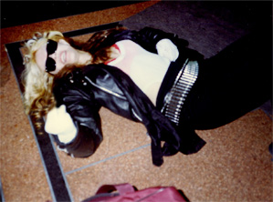 "GODDESS GREAT KAT RELAXING after SHREDDING during ""BEETHOVEN ON SPEED"" RECORDING!"