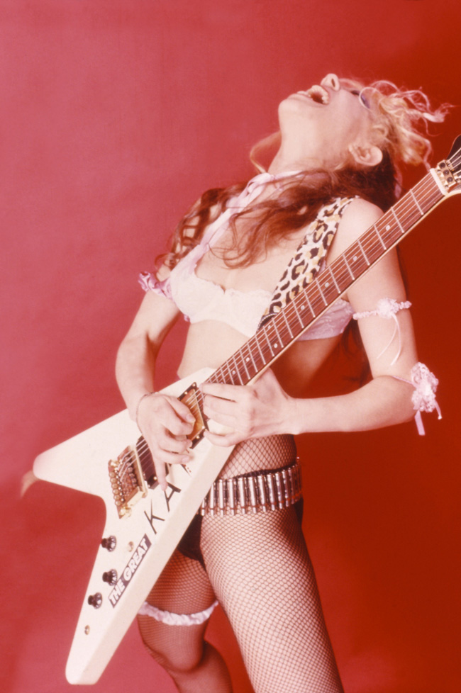 "THE GREAT KAT SHREDS ""FLIGHT OF THE BUMBLE-BEE"" on ""BEETHOVEN ON SPEED""!"