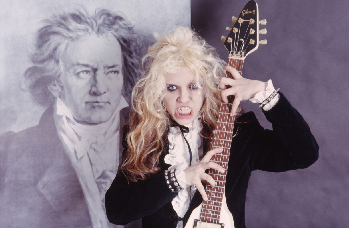 """BEETHOVEN ON SPEED"" ERA'S THE GREAT KAT BRUTALLY SHREDS BEETHOVEN!"