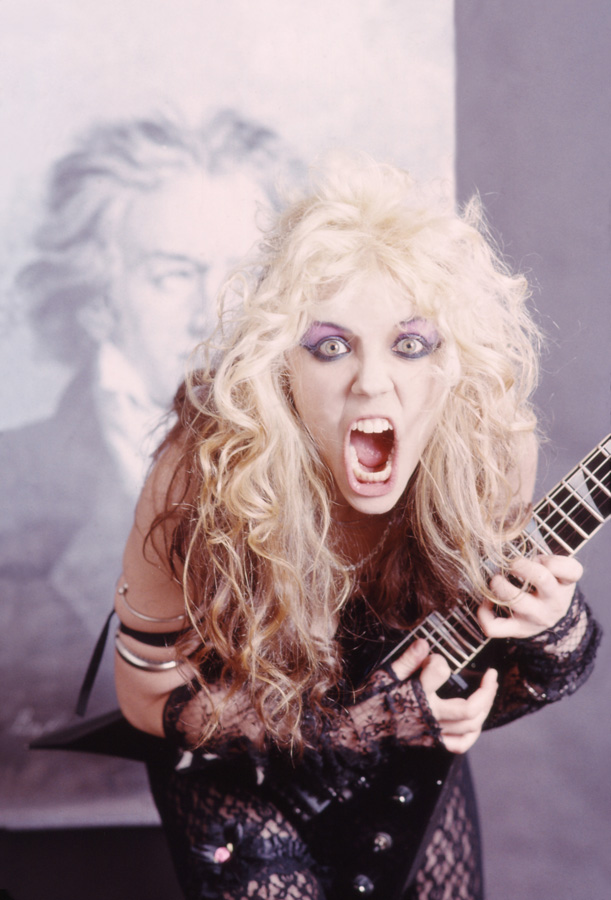 """BEETHOVEN ON SPEED"" ERA'S STHE GREAT KAT THRASHES BEETHOVEN!"