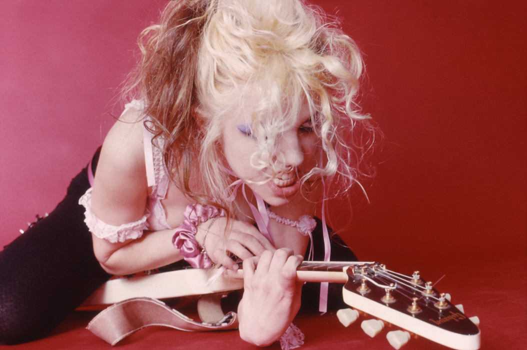 """""""BEETHOVEN ON SPEED"""" ERA'S THE GREAT KAT ON THE PROWL FOR WORSHIPPING BODIES!"""