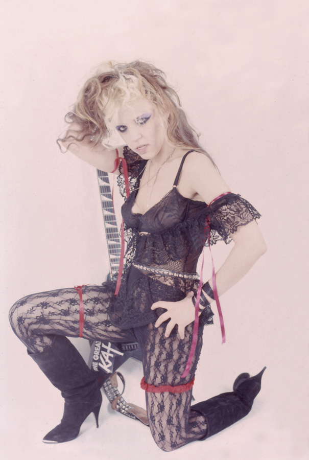 """""""BEETHOVEN ON SPEED"""" ERA'S SEDUCTIVE GODDESS GREAT KAT WANTS TO ABUSE YOU!"""
