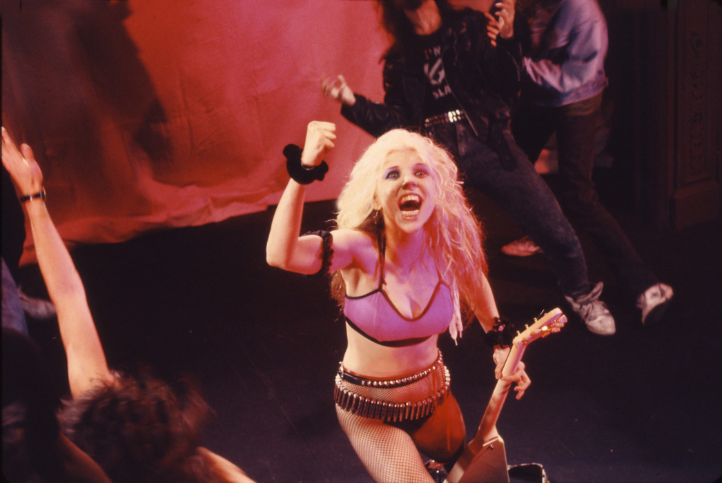 """""""BEETHOVEN ON SPEED"""" ERA's FIST-PUMPING, HEAD-BANGING GREAT KAT PHOTO from """"BEETHOVEN MOSH"""" Music Video!"""