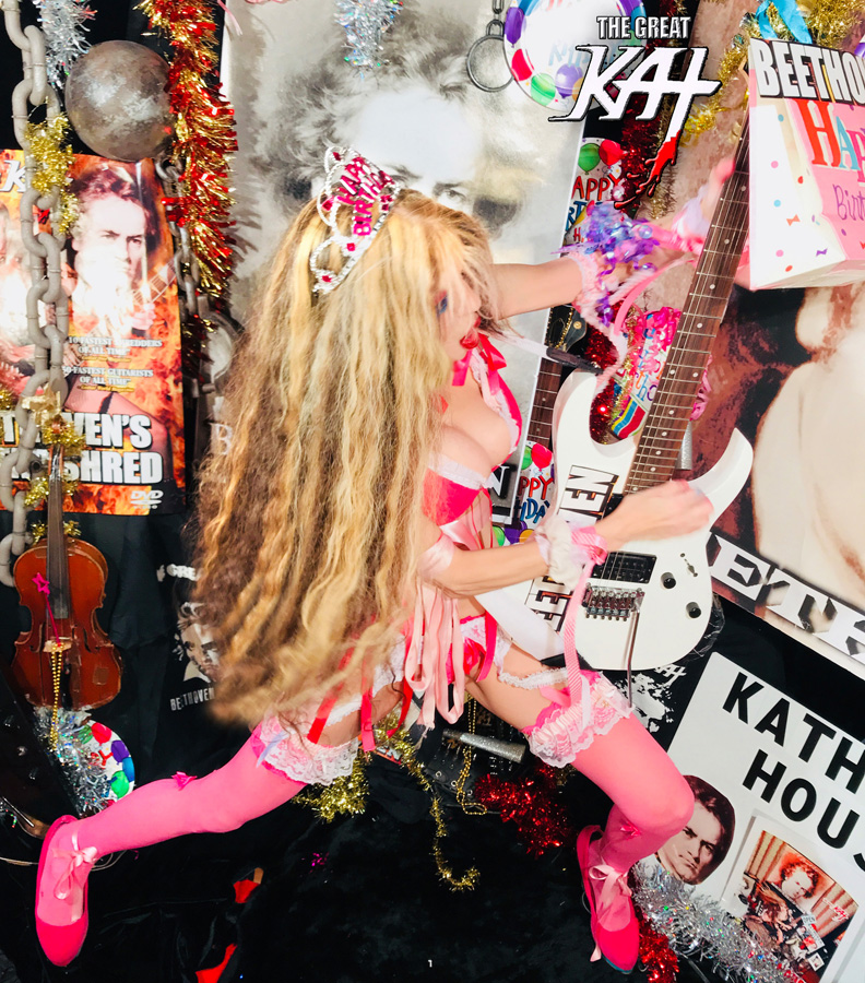 METAL LEGEND THE GREAT KAT SHREDS BEETHOVEN! HAPPY BIRTHDAY BEETHOVEN!