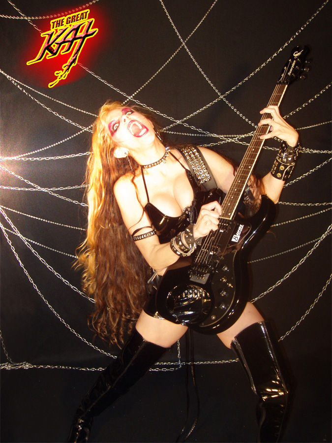 The Great Kat SHREDDING her BURNS SCORPION GUITAR at EXTREME SPEEDS!