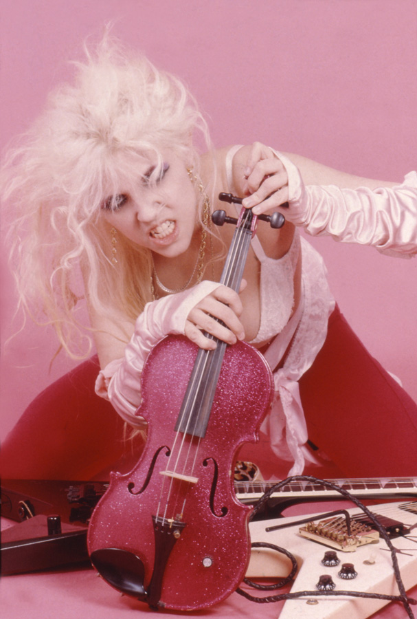 """FULL-LENGTH GREAT KAT PHOTO USED on """"DIGITAL BEETHOVEN ON CYBERSPEED"""" COVER!!"""
