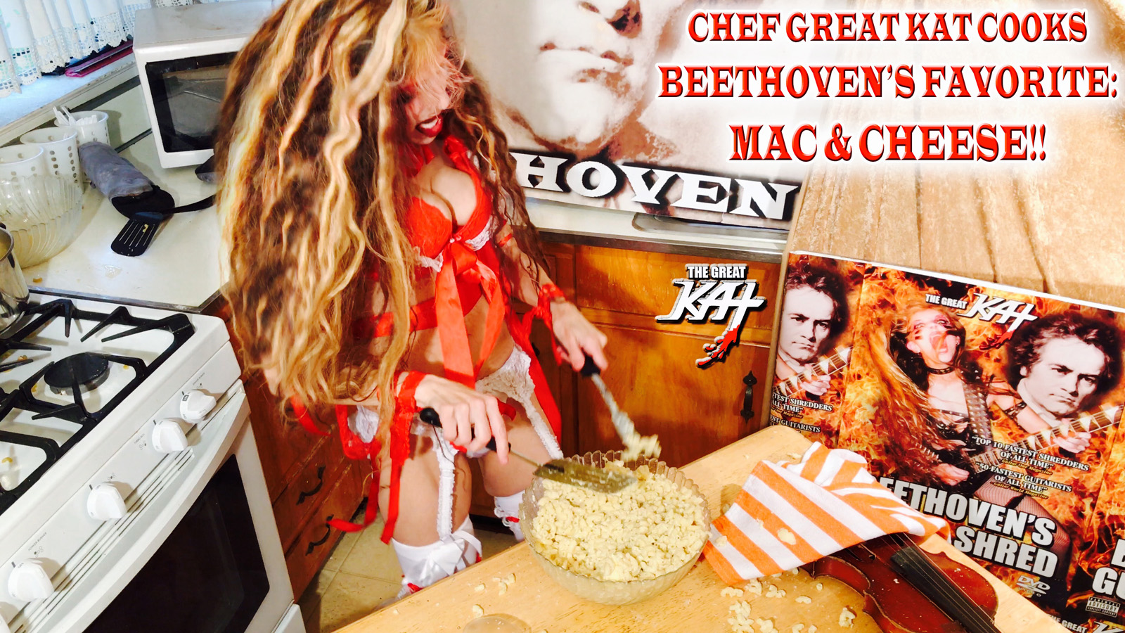 CHEF GREAT KAT COOKS BEETHOVEN'S FAVORITE: MAC & CHEESE!!