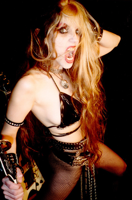 The Great KAT MISTRESS OF 6-STRING MADNESS!