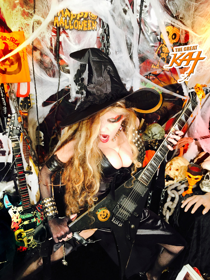 YOUR HOT & EVIL SHRED WITCH!