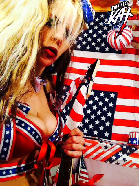 AMERICA SHRED CUTIE SELFIE!