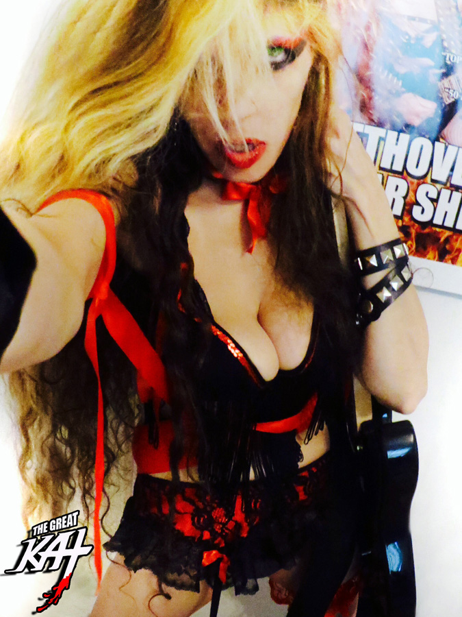 HOT GODDESS GREAT KAT & BEETHOVEN SELFIE in NYC!