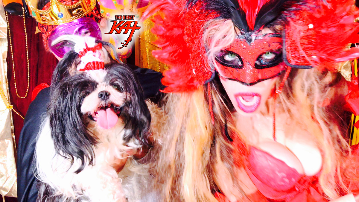 "MARDI GRAS QUEEN KAT & PUPPY FLUFFY at the PARADE! From THE GREAT KAT'S BAZZINI'S ""THE ROUND OF THE GOBLINS"" MUSIC VIDEO!!!"