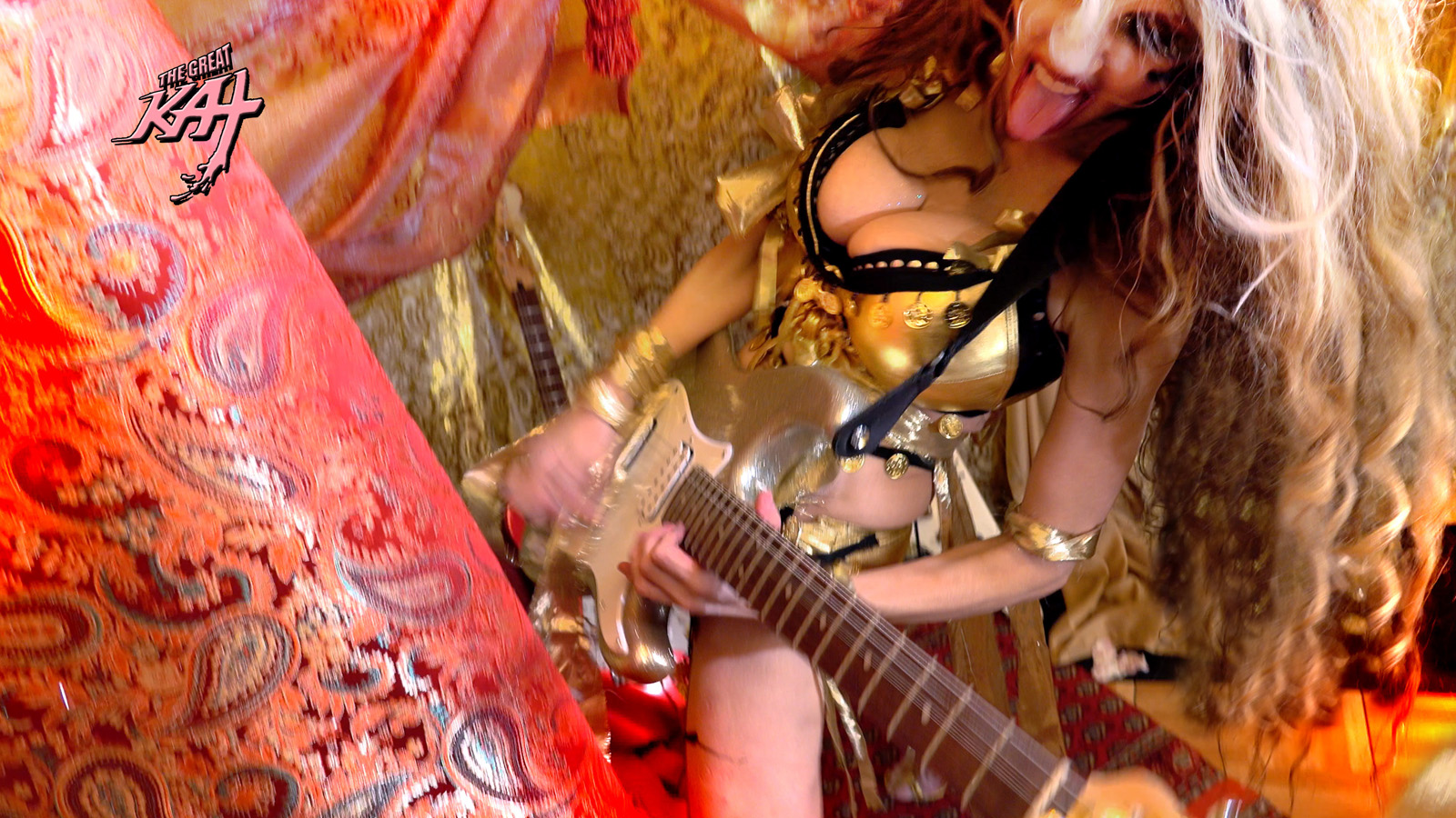 """GYPSY SHRED QUEEN! From The Great Kat's LISZT'S """"HUNGARIAN RHAPSODY #2"""" MUSIC VIDEO!"""