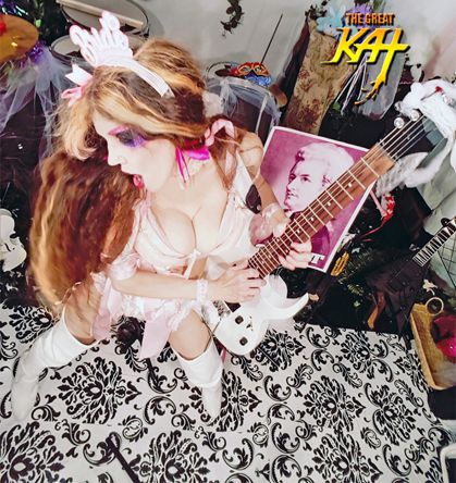 "R3M (#Italy) Names The Great Kat ""World's Fastest Guitarists""! READ at https://www.r3m.it/chitarristi-piu-veloci-al-mondo/"