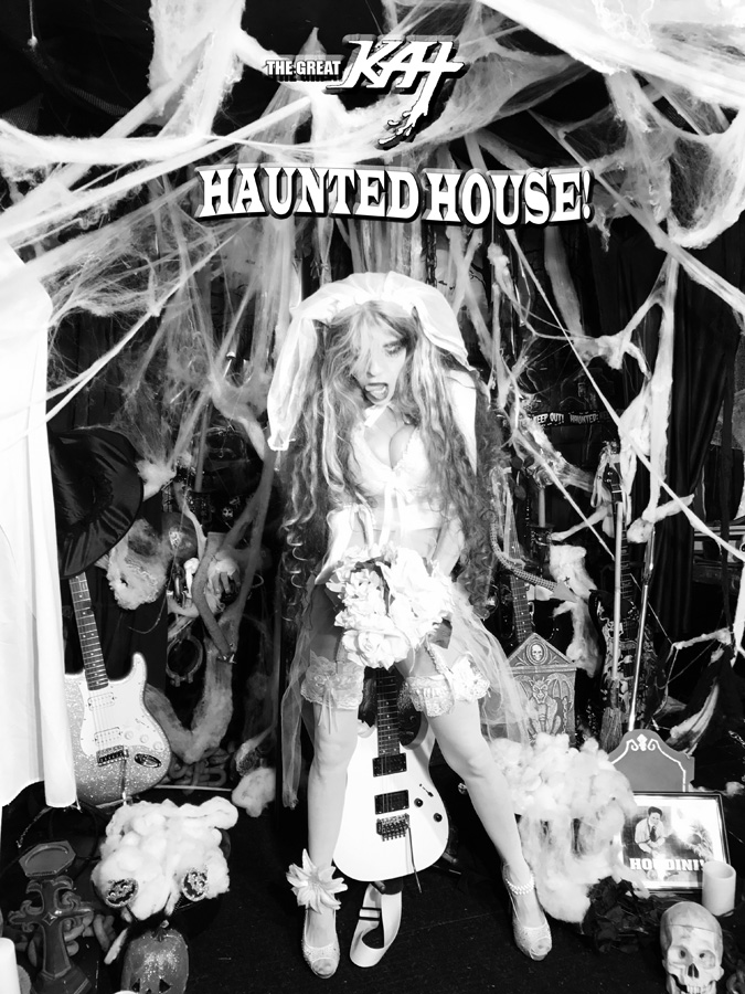 """HAUNTED HOUSE!! at """"ROUND OF THE GOBLINS""""! SNEAK PEAK FROM NEW DVD!"""