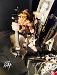 SHRED VIOLIN GODDESS!! NEW GREAT KAT CD PHOTO!