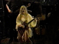 "THE GREAT KAT SHREDS THE HARD ROCK in NYC on ""THE FLIGHT OF THE BUMBLE-BEE"" & ""SHILLER SONATA""!"