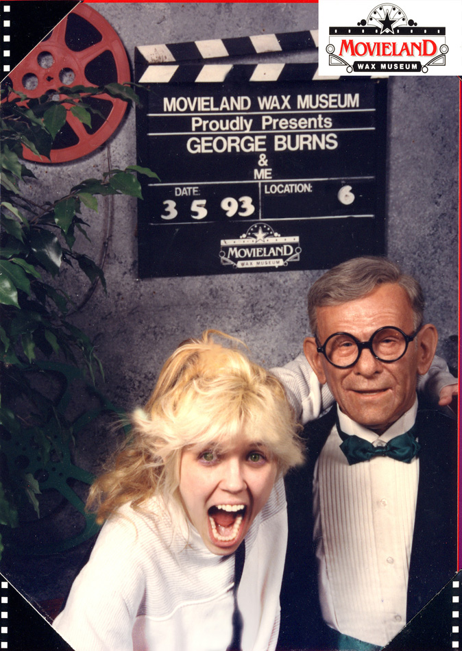 """""""BEETHOVEN ON SPEED"""" ERA'S ADORABLE GODDESS GREAT KAT SHREDDING with WAX FIGURE GEORGE BURNS AT MOVIELAND WAX MUSEUM in CALIFORNIA!"""