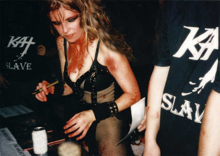 THE GREAT KAT BLOODY GUITAR DOMINATRIX SIGNS AUTOGRAPHS for KAT SLAVES After BLOODY KAT SHRED SHOW!