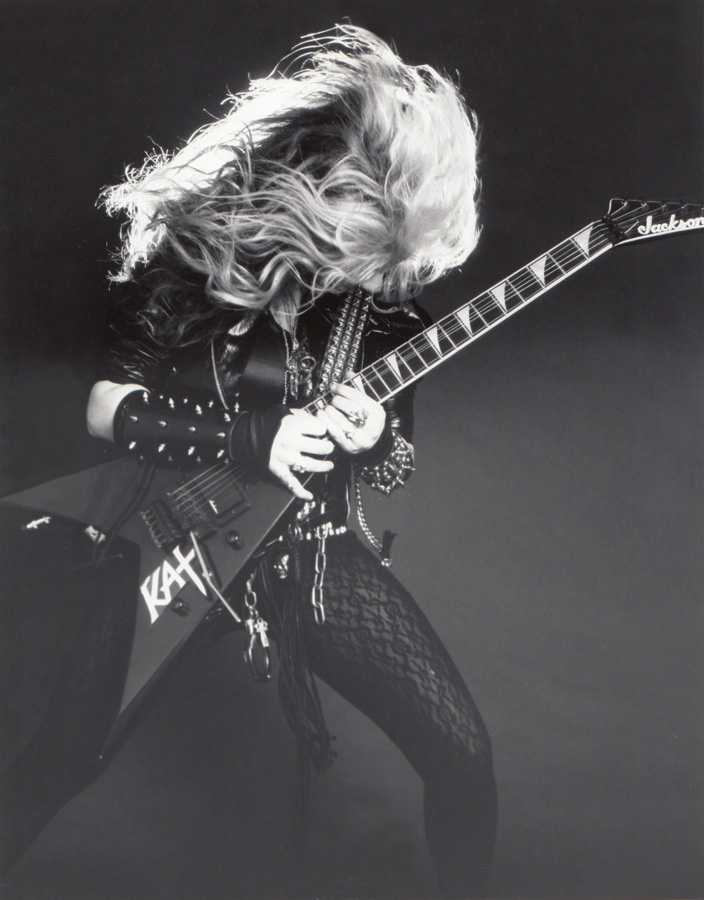 """RARE!!! """"WORSHIP ME OR DIE!"""" ERA'S The Great Kat THRASHES her GUITAR!"""