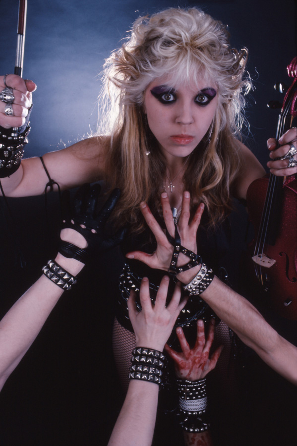 """WORSHIP ME OR DIE!"" ERA'S THRASHING VIOLIN ICON!"