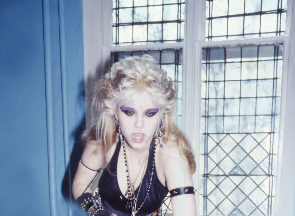"RARE METAL HISTORY!!! ""WORSHIP ME OR DIE!"" ERA'S GODDESS KAT GETTING READY FOR ""SATAN GOES TO CHURCH"" PHOTO SHOOT!"