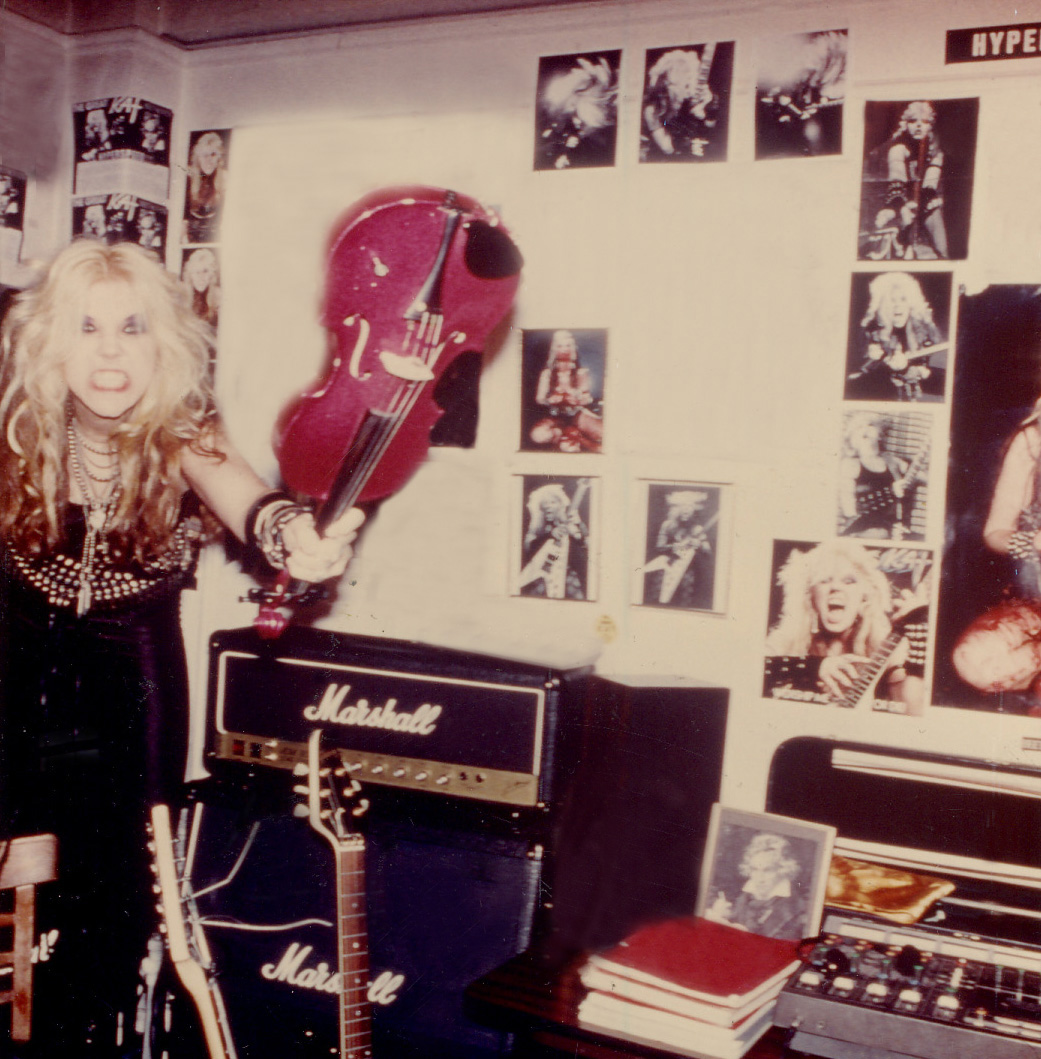 """RARE METAL HISTORY!!! """"WORSHIP ME OR DIE!"""" ERA'S VIOLIN VIRTUOSO KAT WELCOME YOU TO HER NYC DEN!"""