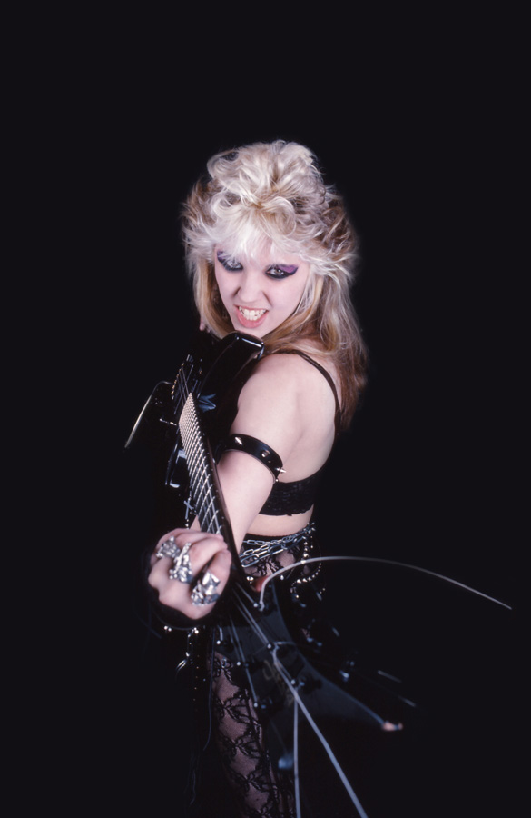 """RARE METAL HISTORY!!! """"WORSHIP ME OR DIE!"""" ERA'S GREAT KAT DEMANDS """"BOW 4 TIMES TO THE GODDESS OF METAL, TO ME, TO THE GREAT KAT!"""""""