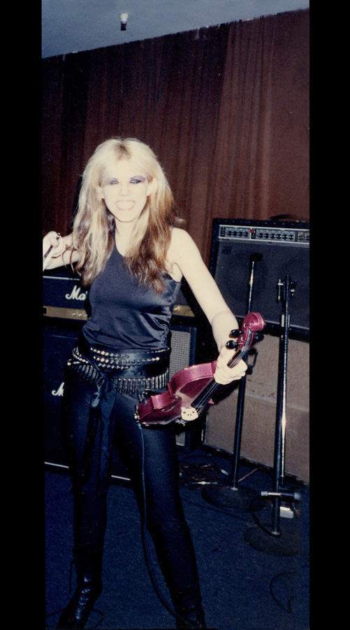 """RARE REHEARSAL PHOTO! ELECTRIC VIOLIN VIRTUOSO GREAT KAT SHREDS """"DEMONS"""" from the """"WORSHIP ME OR DIE!"""" ERA!"""