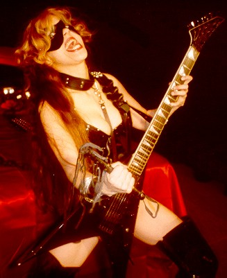 """THE 40 BEST GUITARISTS"" FEATURES THE GREAT KAT IN LIVESHAR! ""Los 40 Mejores Guitarristas. The Great Kat: Cancion: 'The Flight of the Bumble Bee' Beethoven on Speed"""
