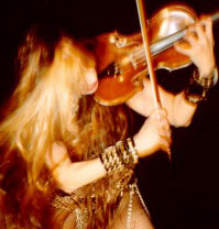 """THE JUILLIARD SCHOOL'S ALUMNI NEWS FEATURES THE GREAT KAT! """"Katherine Thomas, a.k.a. the Great Kat (Diploma, violin), received a star in the Guitar Hero Galaxy in the May/June issue of Spin magazine."""" - The Juilliard School's Alumni News"""